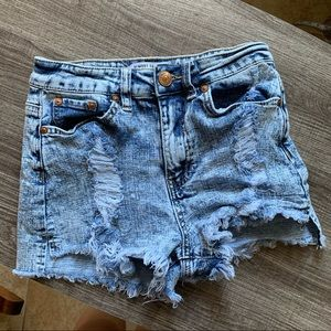 3/$20🔥Almost famous highrise acid wash shorts